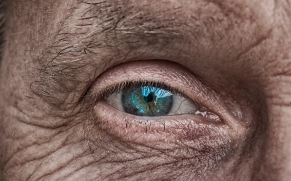 Wise Eyes: On Age Diversity in the Workplace.